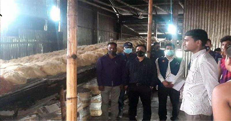 ভূরুঙ্গামারীতে নকল আইসক্রিম ও লাচ্ছা সেমাই তৈরির অভিযোগে ৯৫ হাজার টাকা জরিমানা